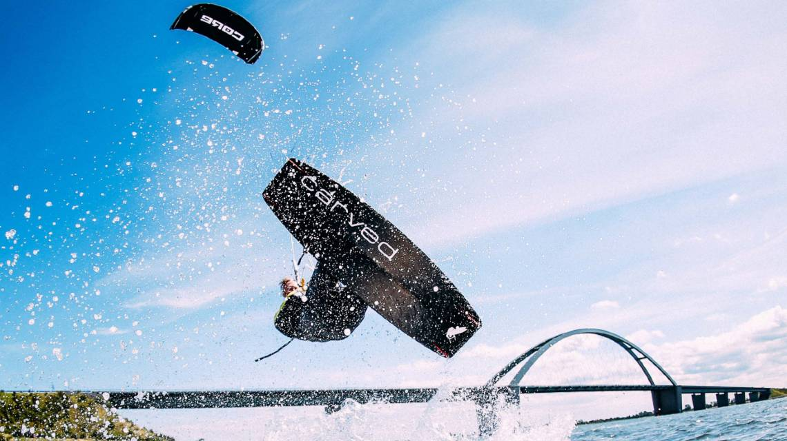 Kitesurfing requires not only athletic ability but also durable equipment. (Source: CORE Kiteboarding GmbH)