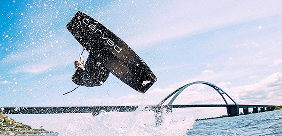 How kiteboards withstand extreme loads